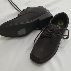 Reaction Kenneth Cole Boy Dress Brown Size 1 Shoes